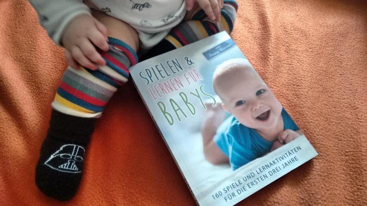 """Krümel testet """"Spielen & Lernen für Babys"""", (c) Krümel Blog"""