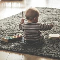 Von Lieblingsspielzeug, schlechten Geschenken und Plastikexplosionen