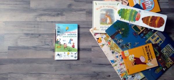 """""""Frühlingswörterwimmelbuch"""" von Rotraut Susanne Berner, (c) Krümel Blog"""