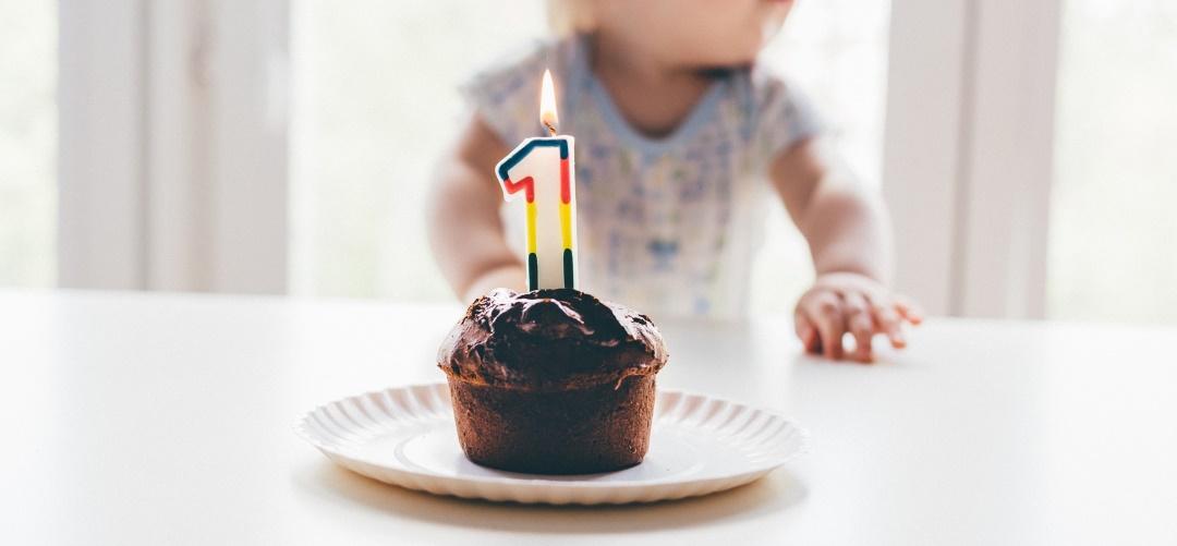 Warum wir den 1. Geburtstag bewusst nicht groß gefeiert haben, auf dem Krümel Blog