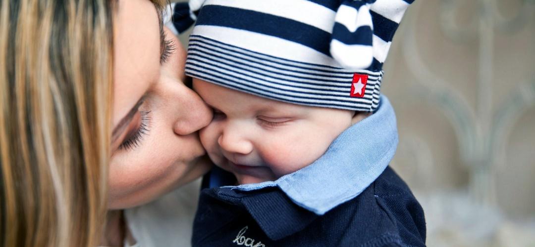 """Warum ich nicht """"nur"""" Mama und Hausfrau, sondern auch ziemlich glücklich damit bin, auf dem Krümel Blog"""