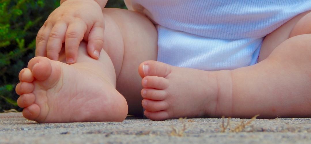 Wie mein Sohn mich regelmäßig entschleunigt und was Steine damit zu tun haben, auf dem Krümel Blog